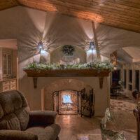 Southwest Inspired Livingroom With Plank Ceiling